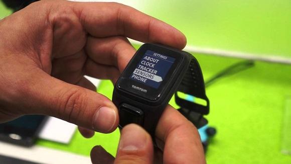 quels sont les avantages d 39 une montre gps pour courir. Black Bedroom Furniture Sets. Home Design Ideas